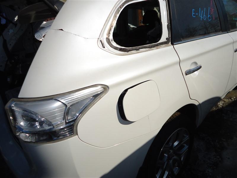 Крыло Mitsubishi Outlander GG2W 4B11 2014 заднее правое белый w13 1386