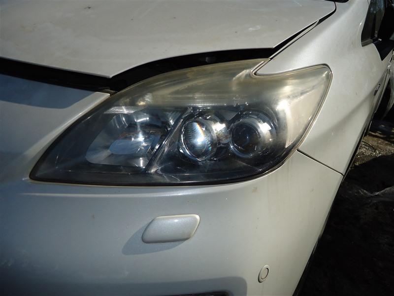 Фара Toyota Prius ZVW30 2ZR-FXE 2012 левая 4749 1388