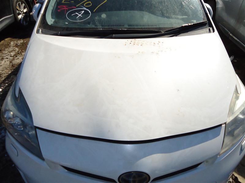Капот Toyota Prius ZVW30 2ZR-FXE 2012 белый перламутр 070 1388