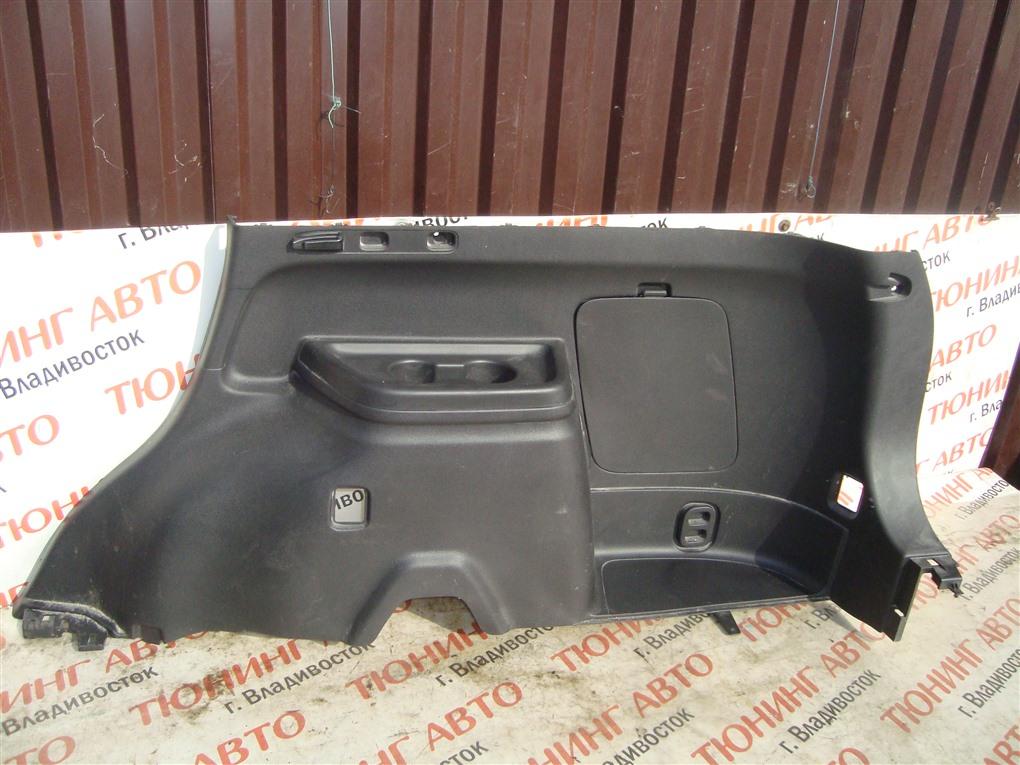 Обшивка багажника Mitsubishi Outlander GG2W 4B11 2014 правая 1386