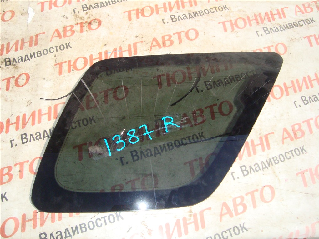 Стекло собачника Honda Crv RD7 K24A 2005 заднее правое 1387