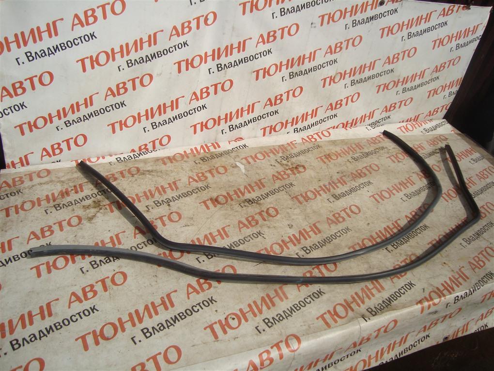 Уплотнительная резинка дверей Honda Crv RD7 K24A 2005 1387