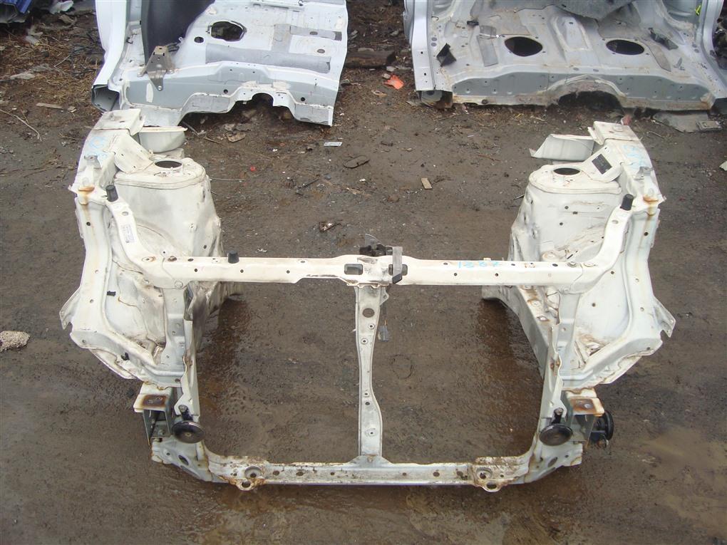Лонжерон Honda Crv RD7 K24A 2005 передний правый белый nh624p 1387