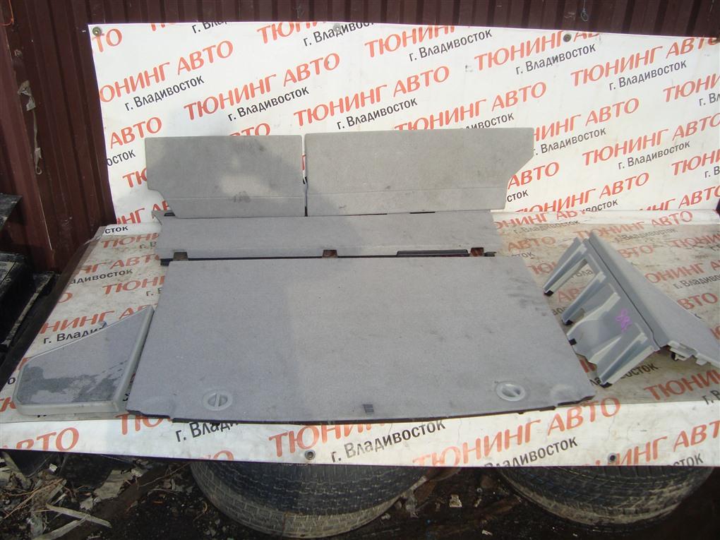 Пол багажника пластик Toyota Prius ZVW30 2ZR-FXE 2012 1388