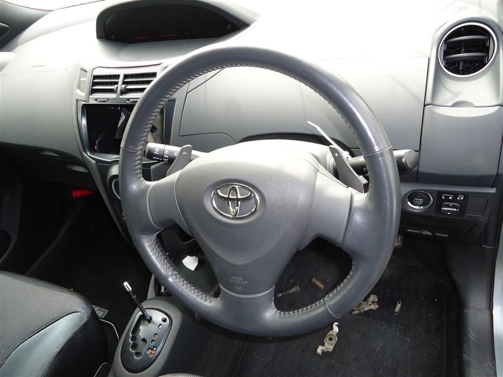 Airbag на руль Toyota Vitz NCP91 1NZ-FE 2009 1391