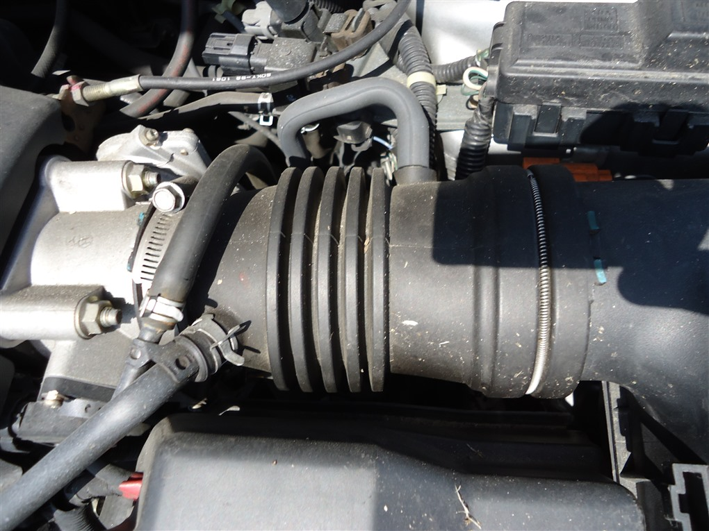 Патрубок воздушн.фильтра Honda Inspire UA5 J32A 2001 1394