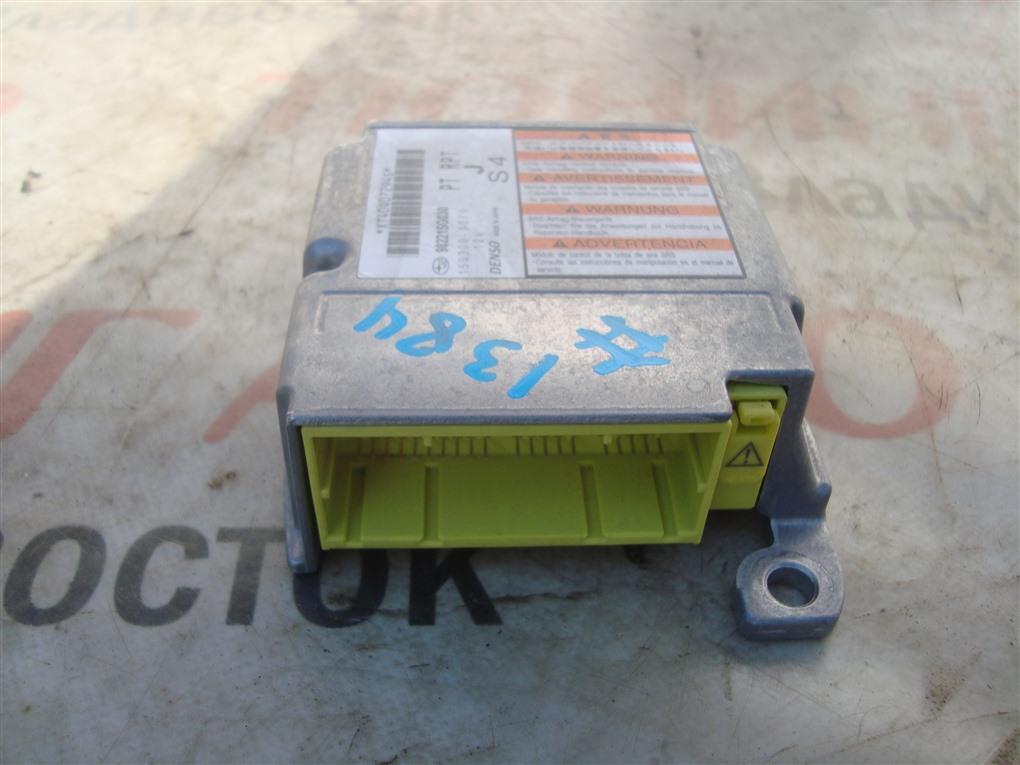 Блок srs Subaru Forester SJG FA20 2013 1384 98221sg030