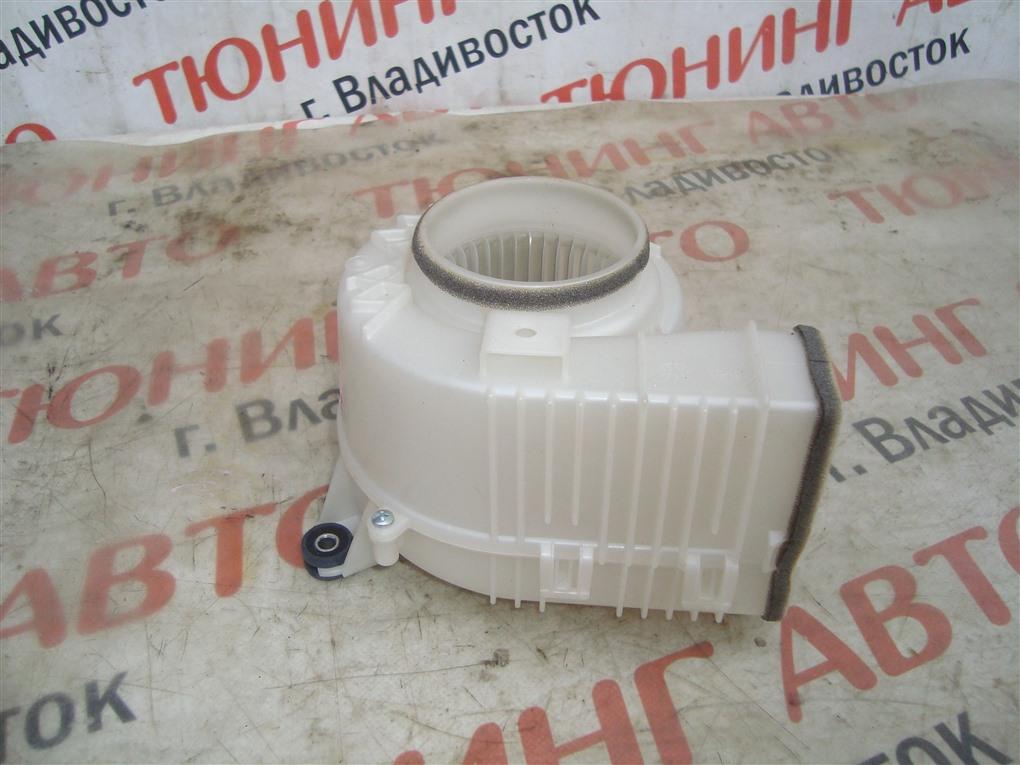 Мотор охлаждения батареи Toyota Camry AVV50 2AR-FXE 2012 1393 g9230-33030