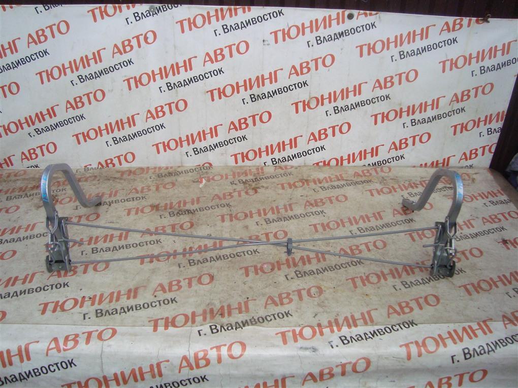 Петля крышки багажника Honda Inspire UA5 J32A 2001 серебро nh623m 1394