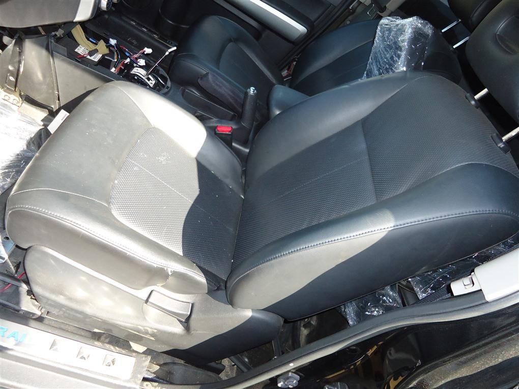 Сидение Nissan X-Trail TNT31 QR25DE 2007 переднее 1398