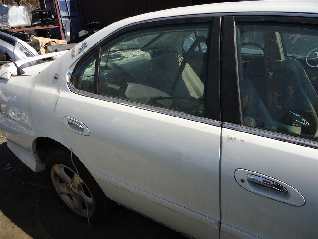 Дверь Honda Inspire UA5 J32A 2003 задняя правая белый nh603p 1392
