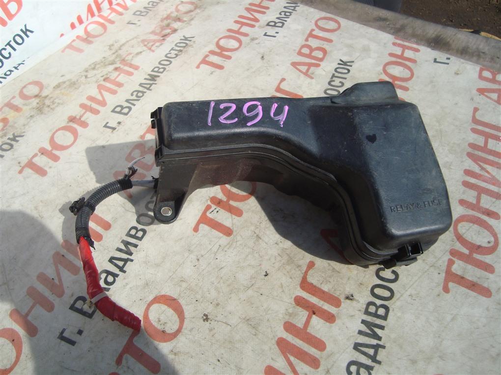 Блок предохранителей Toyota Verossa JZX110 1JZ-FSE 2001 1294