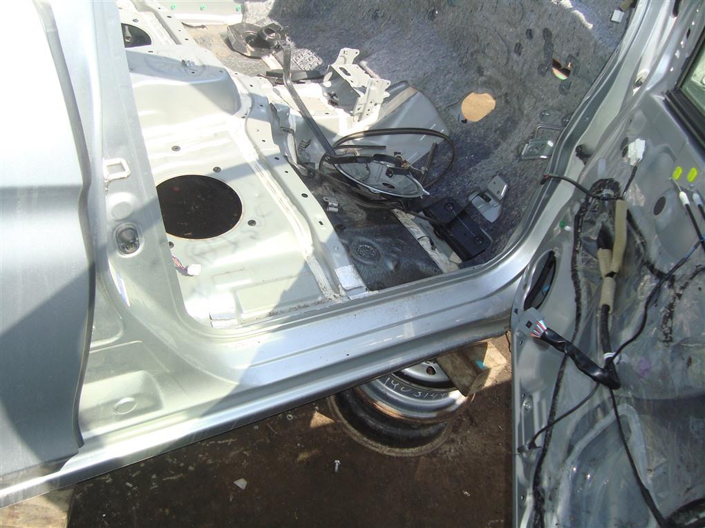 Порог кузова Honda Grace GM5 LEB 2015 правый серебро nh700m 1379