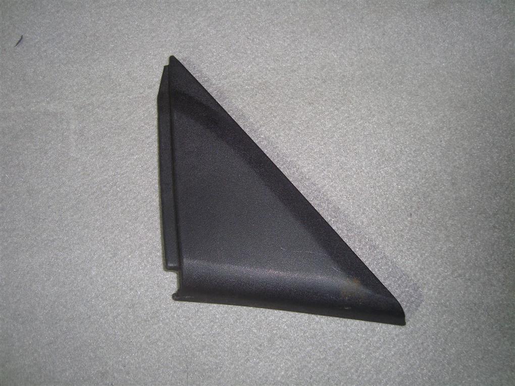 Уголок крыла Honda Inspire UA5 J32A 2003 правый 1392