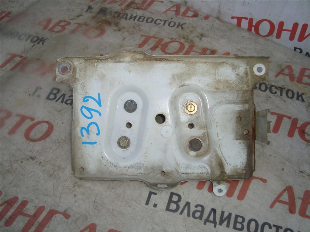 Подставка под аккумулятор Honda Inspire UA5 J32A 2003 1392