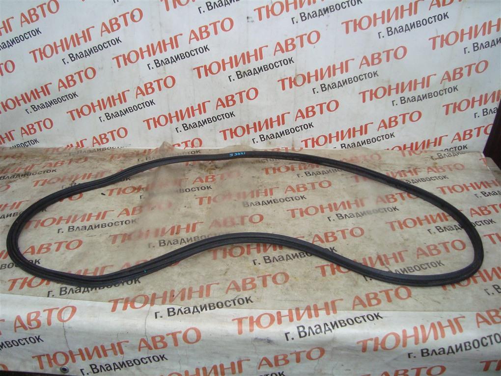 Уплотнительная резинка багажника Honda Fit GP6 LEB 2014 1395