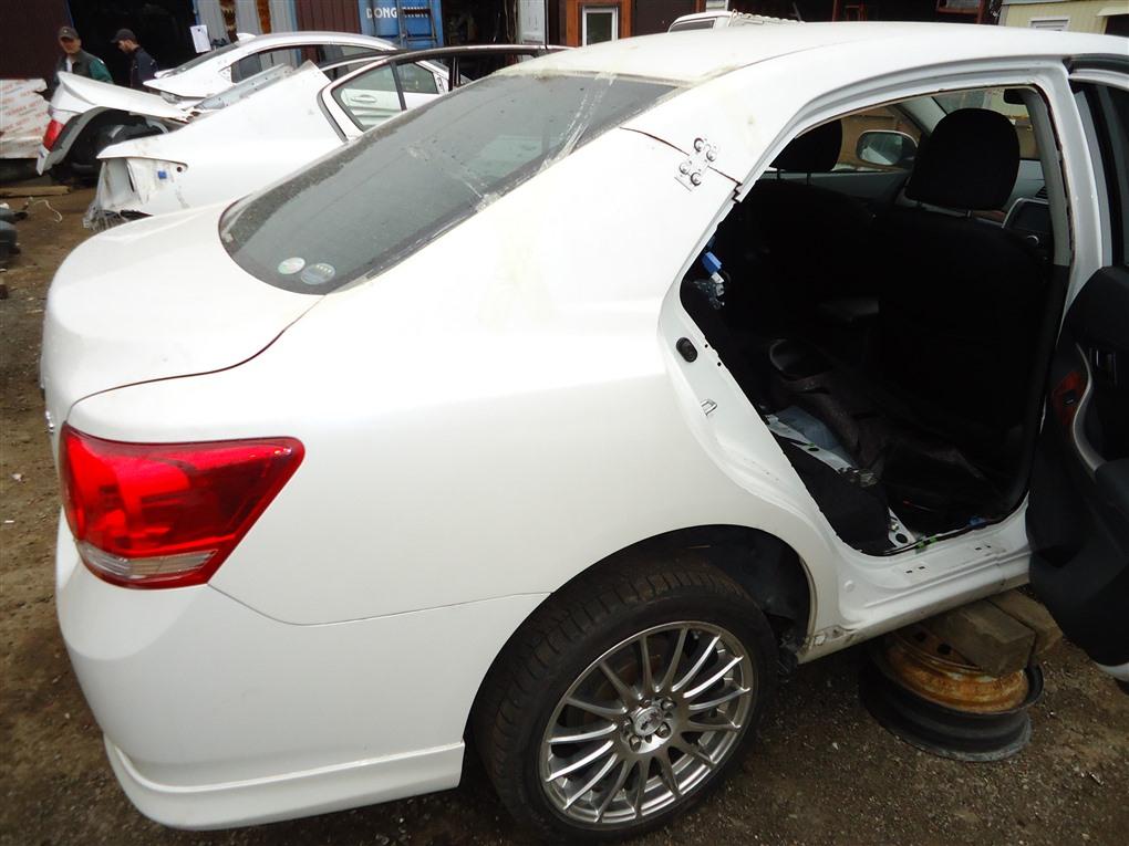 Крыло Toyota Allion ZRT265 2ZR-FAE 2010 заднее правое белый 070 1399