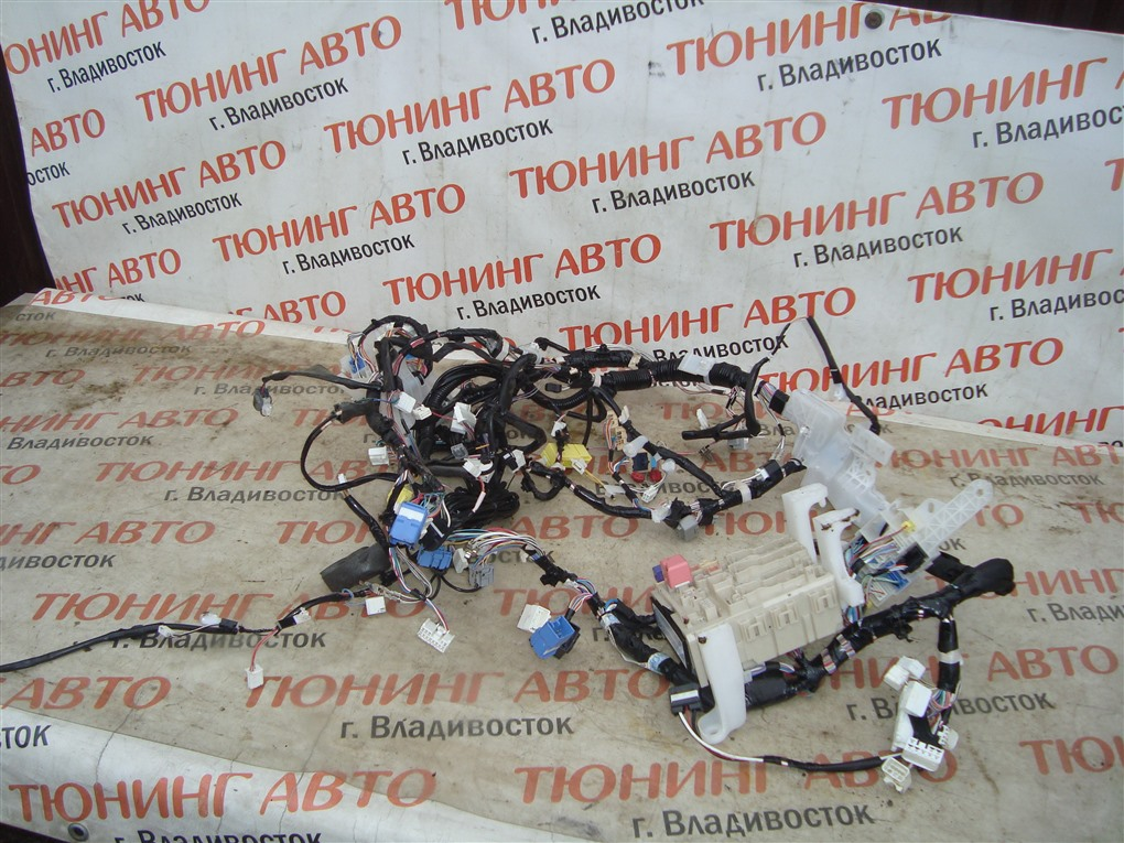 Коса под торпеду Toyota Allion ZRT265 2ZR-FAE 2010 82141-20b51 1399