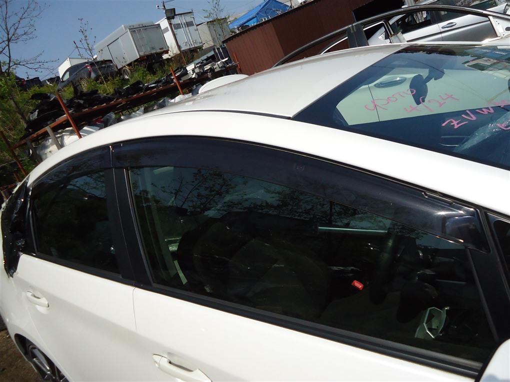 Ветровики комплект Toyota Prius ZVW30 2ZR-FXE 2012 1403