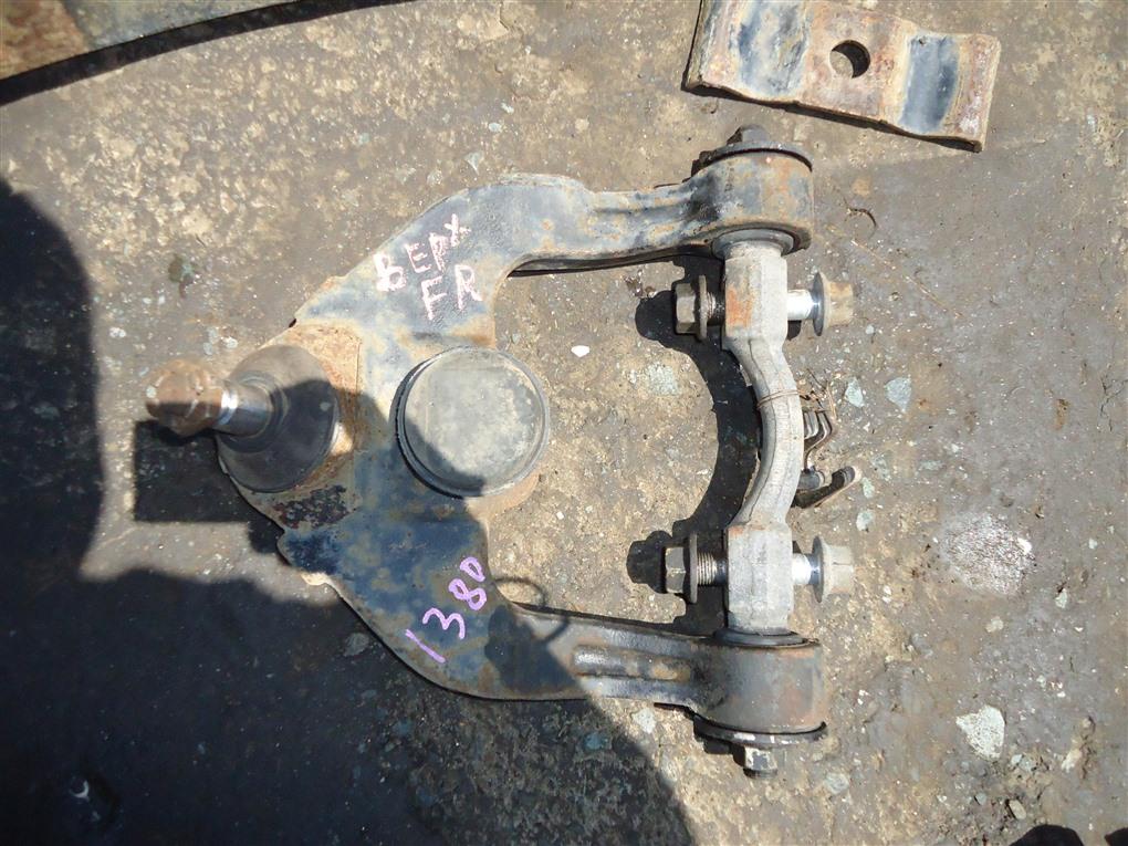 Рычаг Isuzu Elf NPR85 4JJ1T 2010 передний правый 1380