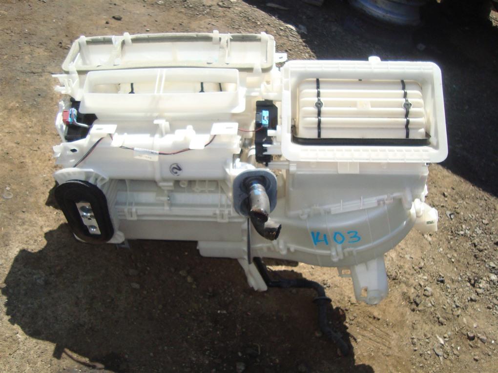 Мотор печки Toyota Prius ZVW30 2ZR-FXE 2012 1403