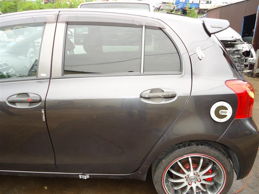 Дверь Toyota Vitz NCP91 1NZ-FE 2010 задняя левая серый 1g3 1401