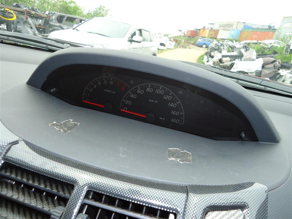 Спидометр Toyota Vitz NCP91 1NZ-FE 2010 83800-52n51 1401