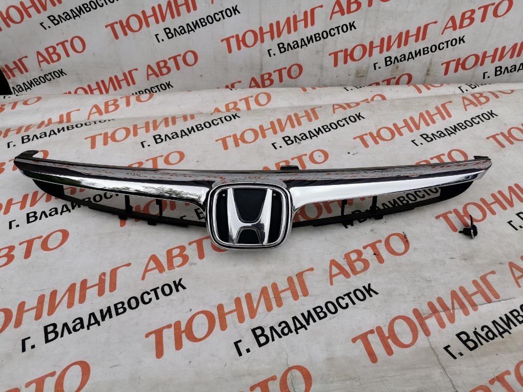 Решетка радиатора Honda Civic FD3 LDA 2007 1375
