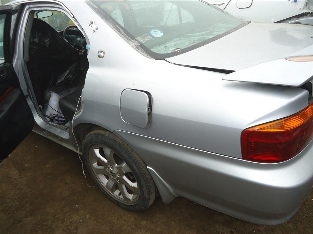 Крыло Honda Inspire UA5 J32A 2002 заднее левое серебро nh623m 1400