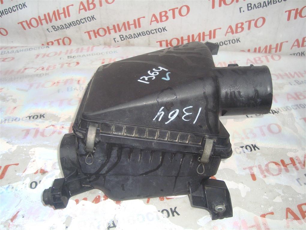 Корпус воздушного фильтра Toyota Sequoia USK65 3UR-FE 2009 1364