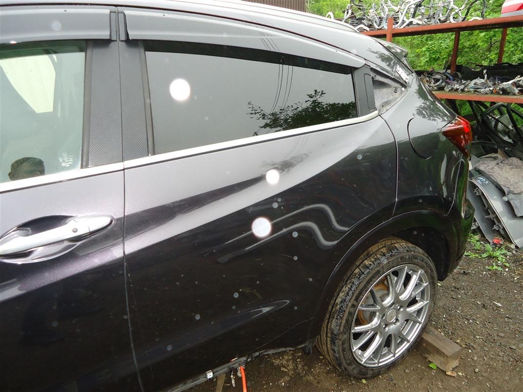 Дверь Honda Vezel RU3 LEB 2014 задняя левая черный nh821m (pink black) 1406