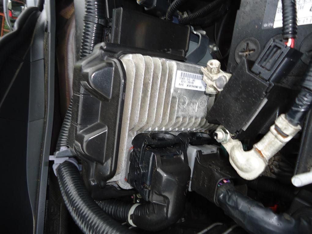 Блок управления efi Honda Vezel RU3 LEB 2014 37820-52e-j65 1406 37820-52e-j65