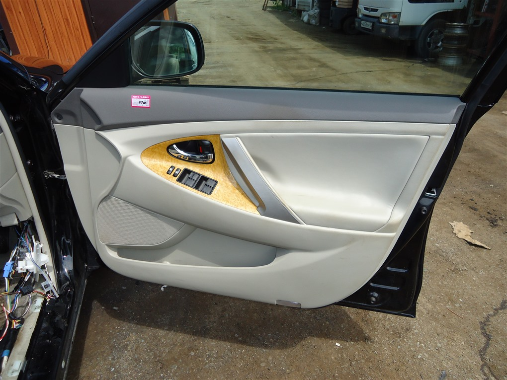 Обшивка дверей Toyota Camry ACV40 2AZ-FE 2006 1405