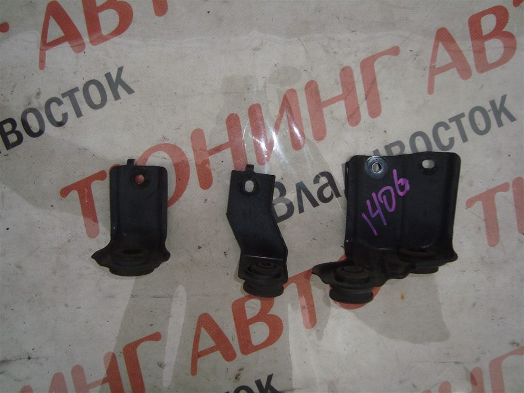 Крепление радиатора Honda Vezel RU3 LEB 2014 1406