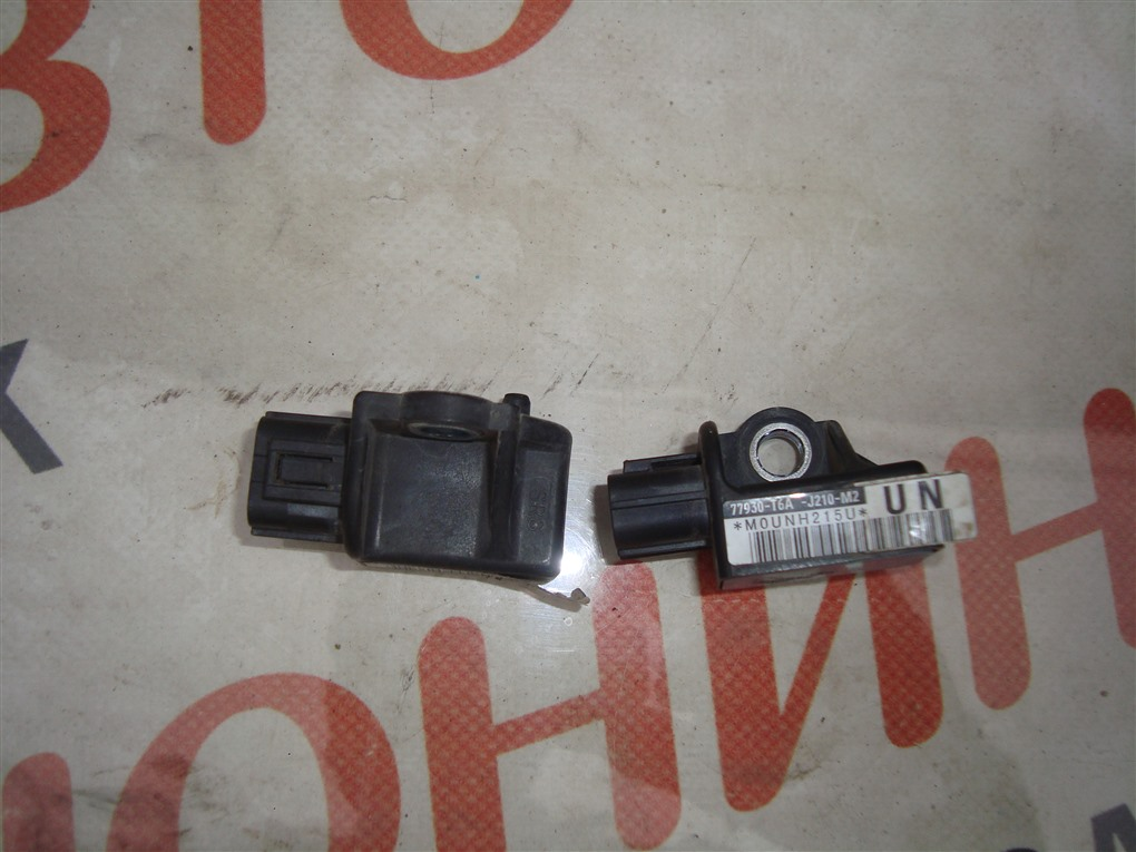 Датчик airbag Honda Vezel RU3 LEB 2014 77930-t6a-j210-m2 1406 77930-t6a-j210-m2