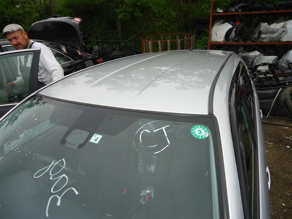 Крыша Toyota Corolla Fielder NKE165 1NZ-FXE 2016 серебро 1f7 1411