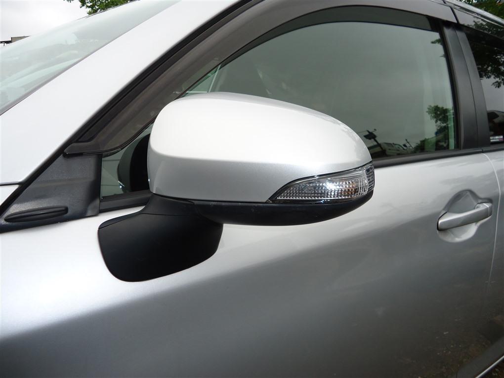 Зеркало Toyota Corolla Fielder NKE165 1NZ-FXE 2016 левое 7 контактов серебро 1f7 1411