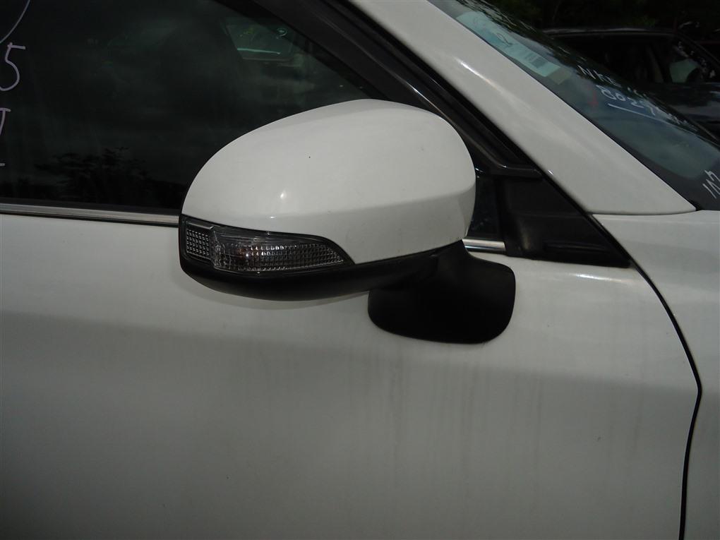 Зеркало Toyota Corolla Fielder NKE165 1NZ-FXE 2016 правое 12 контактов белый 040 1410