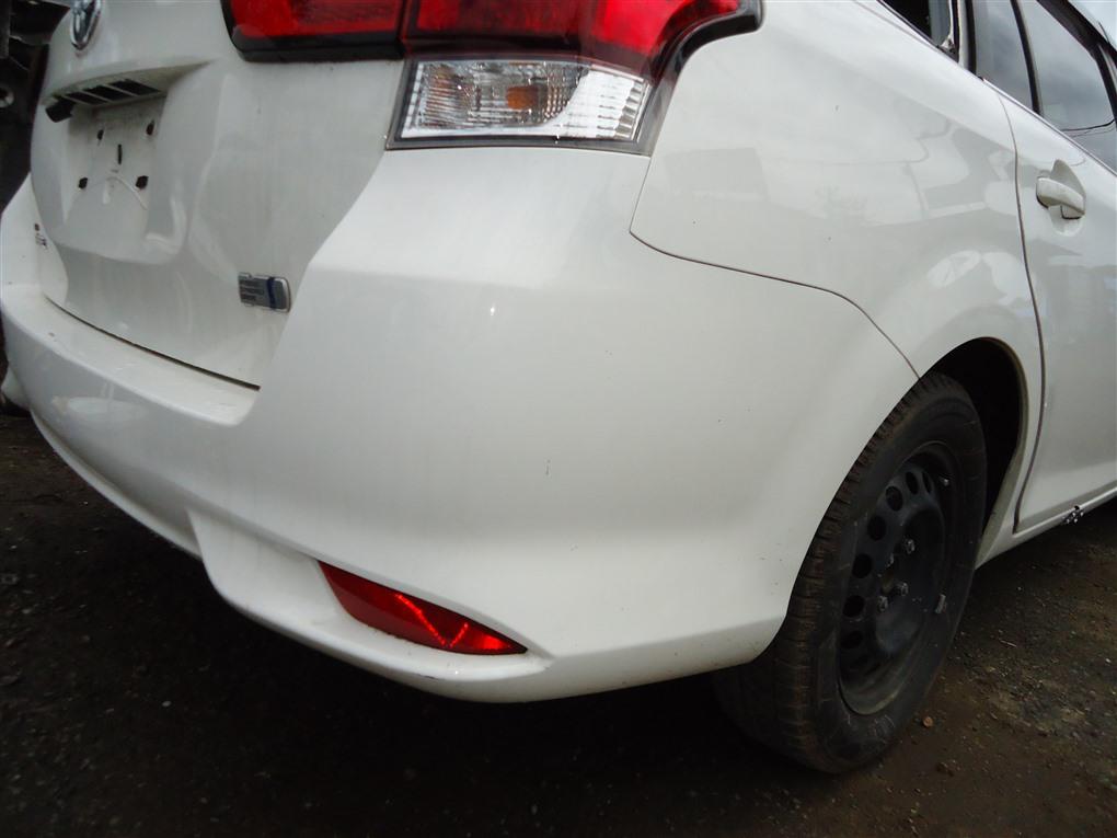 Бампер Toyota Corolla Fielder NKE165 1NZ-FXE 2016 задний белый 040 1410