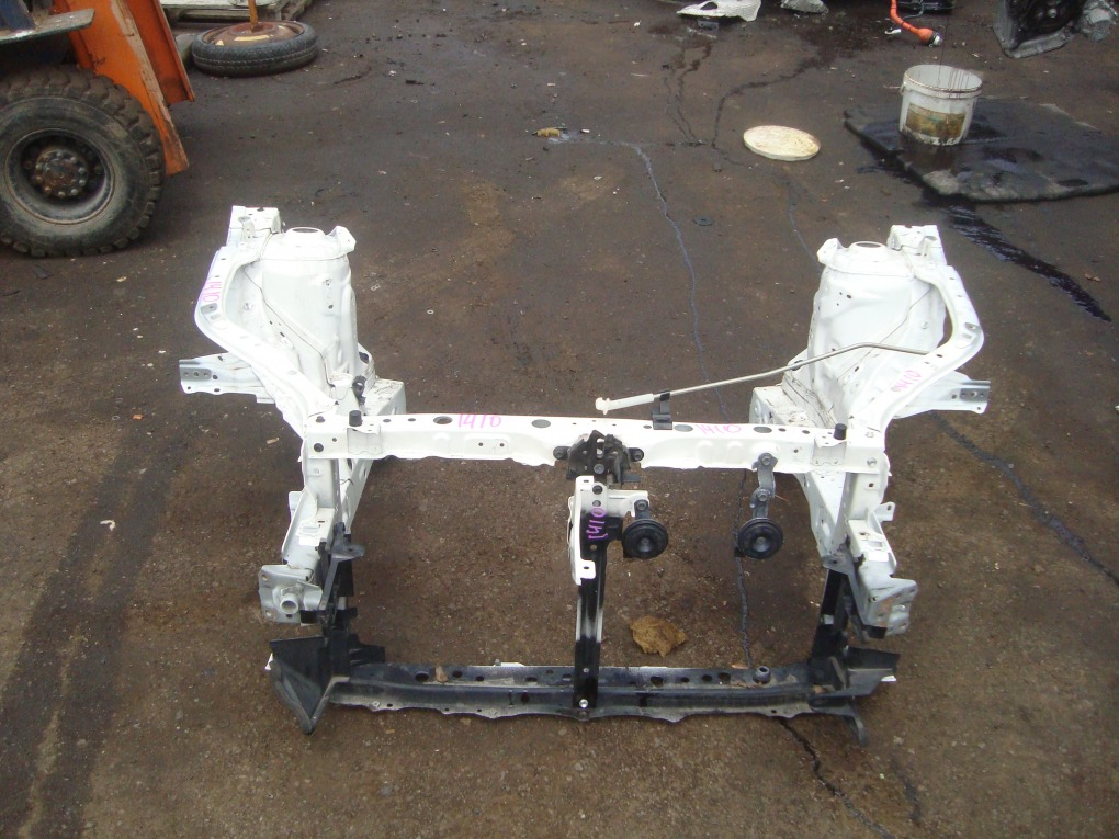 Телевизор Toyota Corolla Fielder NKE165 1NZ-FXE 2016 белый 040 1410