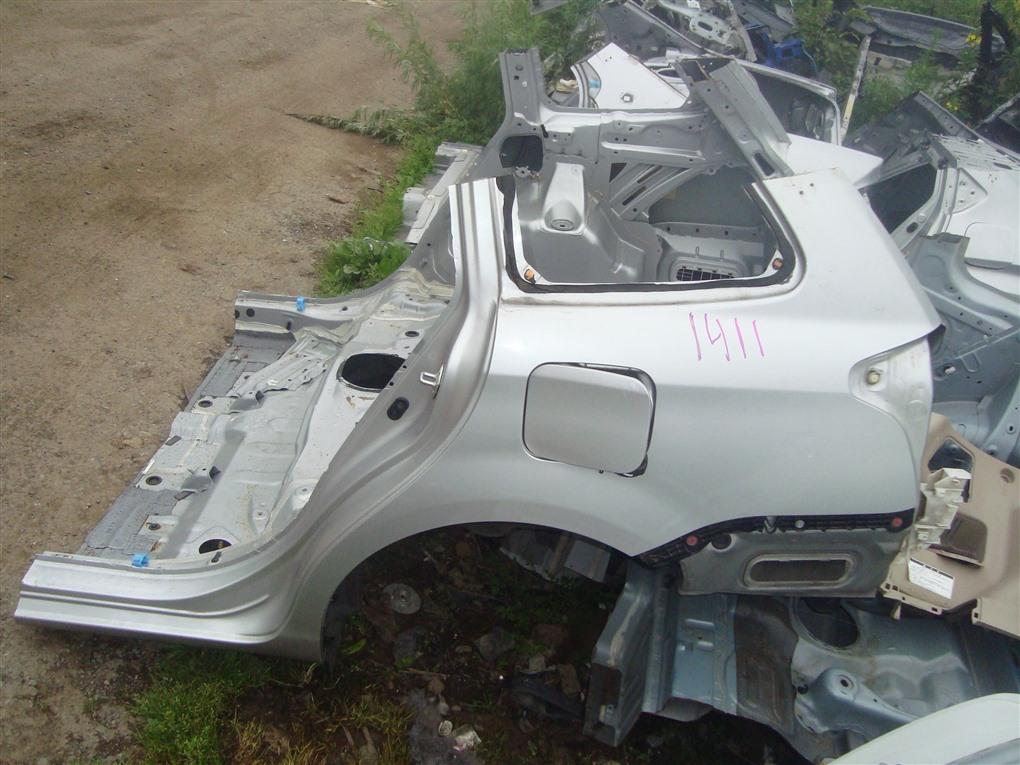 Rear cut Toyota Corolla Fielder NKE165 1NZ-FXE 2016 серебро 1f7 1411