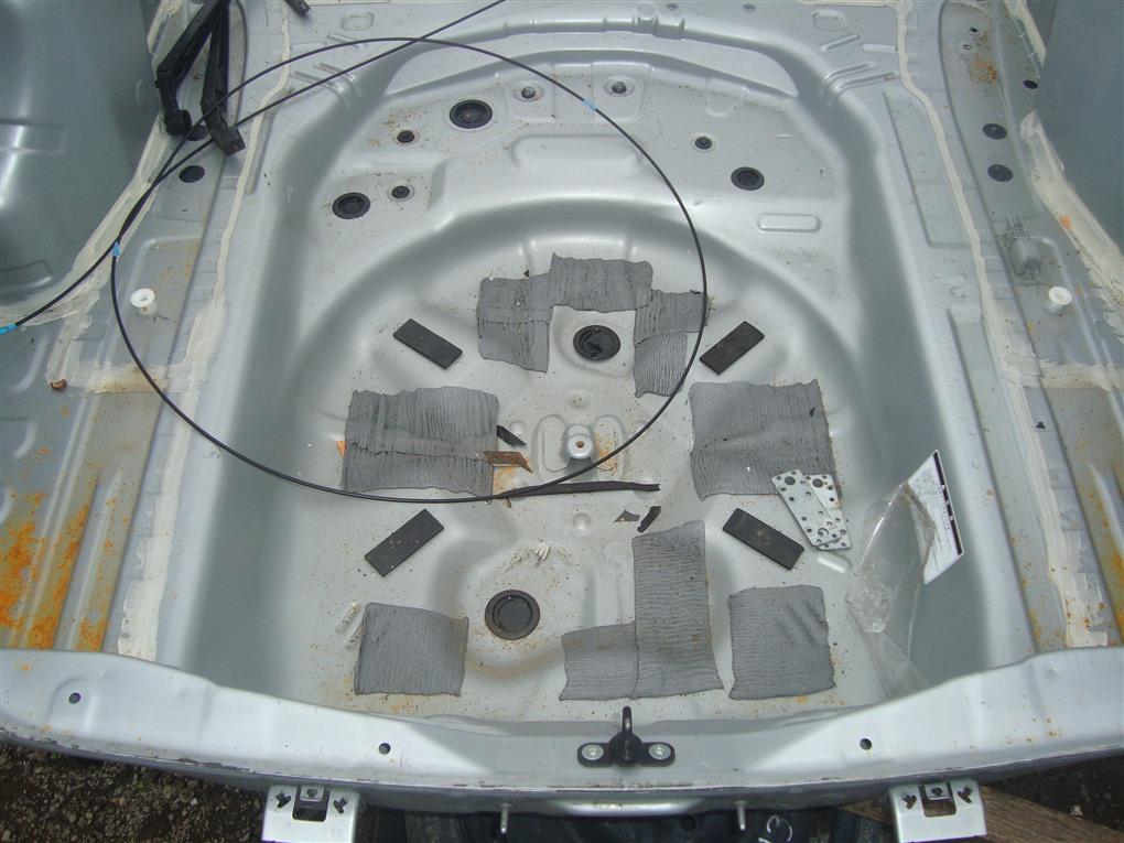 Тазик железный Toyota Corolla Fielder NKE165 1NZ-FXE 2016 серебро 1f7 1411