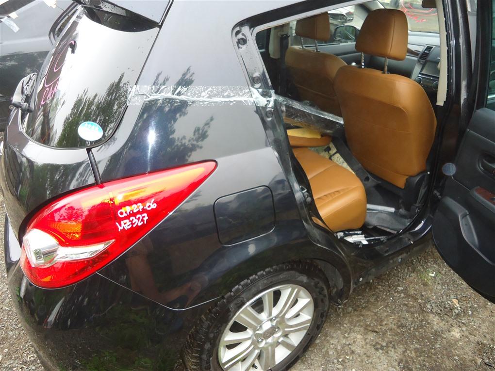Крыло Nissan Tiida JC11 MR18DE 2009 заднее правое черный b20 1412