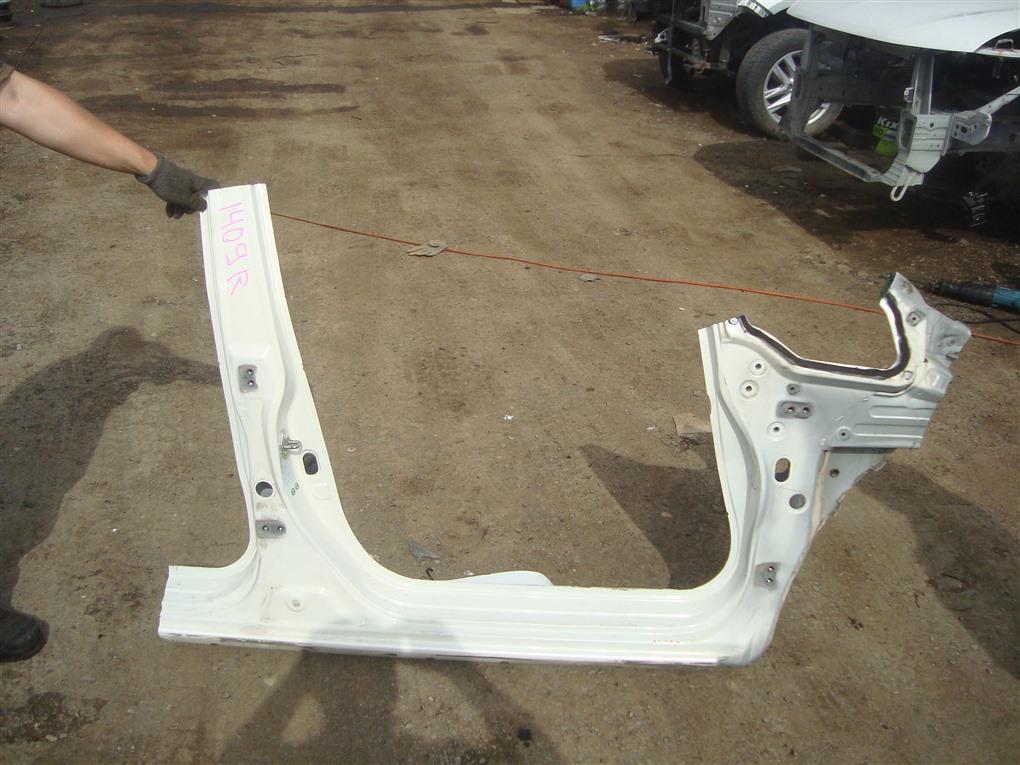 Порог кузова Honda Fit GE8 L15A 2011 правый белый nh624p 1409