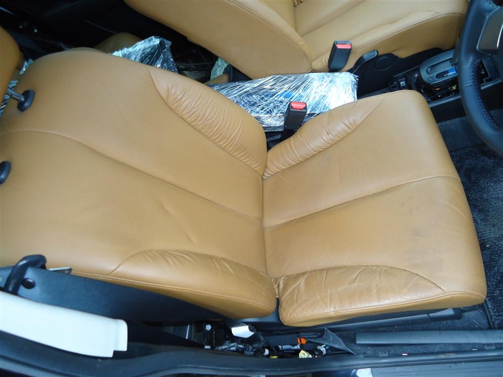 Сидение Nissan Tiida JC11 MR18DE 2009 переднее 1412