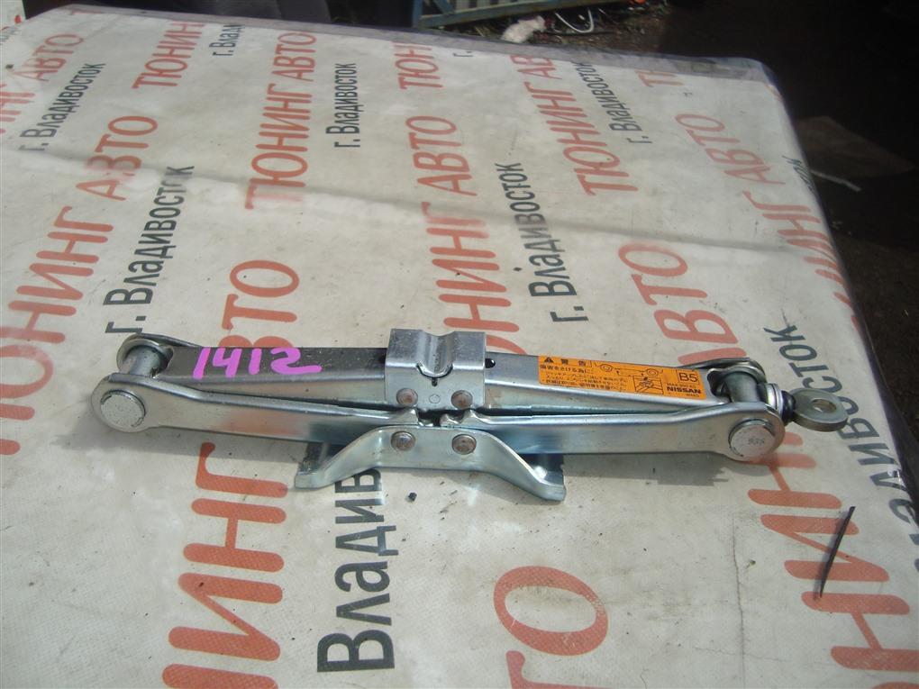 Домкрат Nissan Tiida JC11 MR18DE 2009 1412