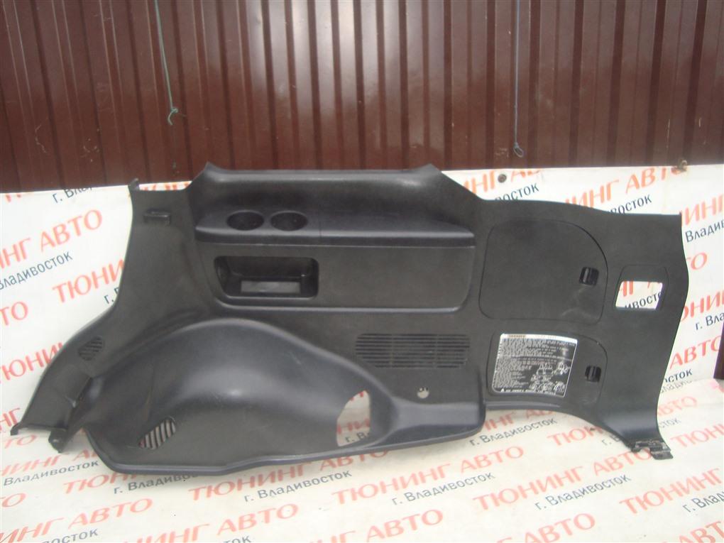 Обшивка багажника Toyota Land Cruiser VDJ200 1VD-FTV 2008 задняя правая 1418