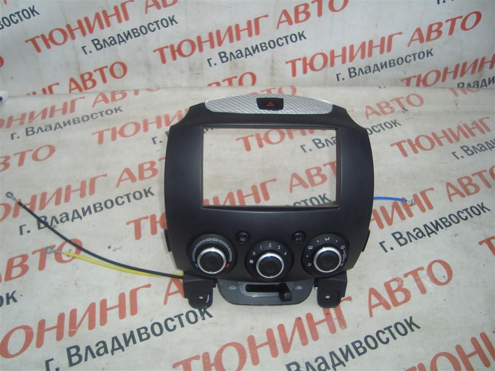 Консоль магнитофона Mazda Demio DE5FS ZY-VE 2007 1414