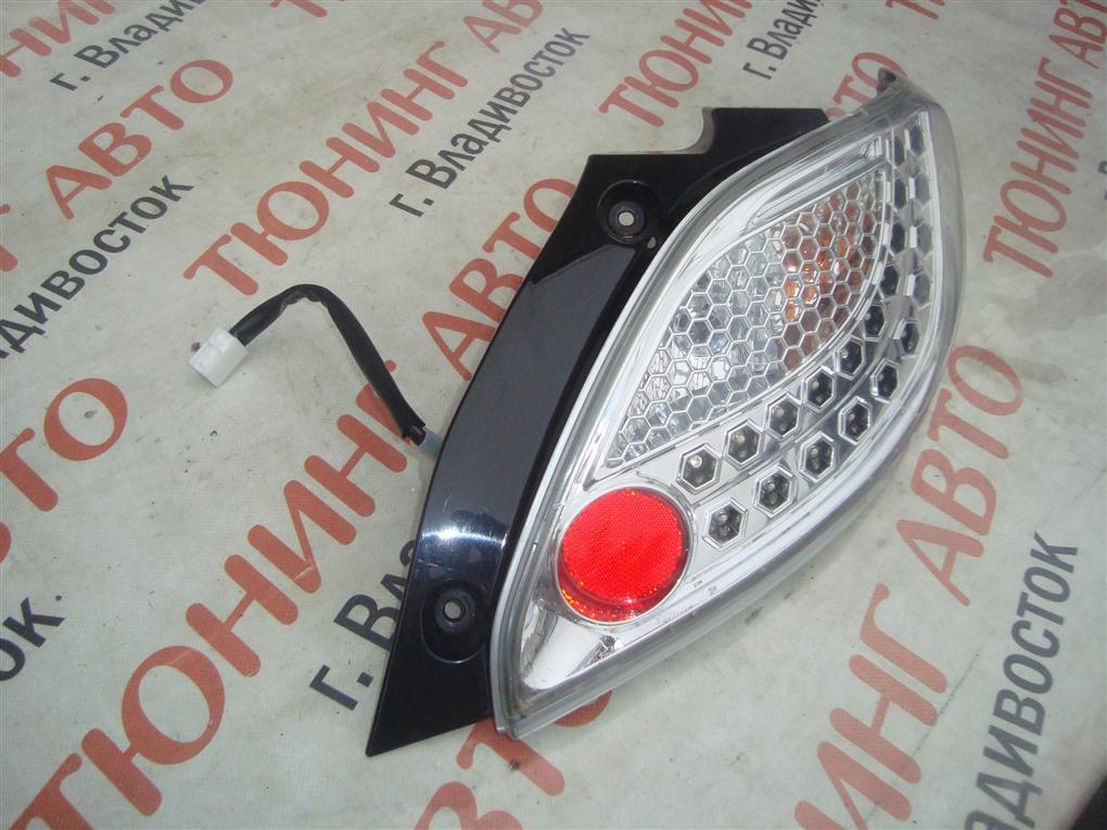 Стоп-сигнал Mazda Demio DE5FS ZY-VE 2007 правый 1414