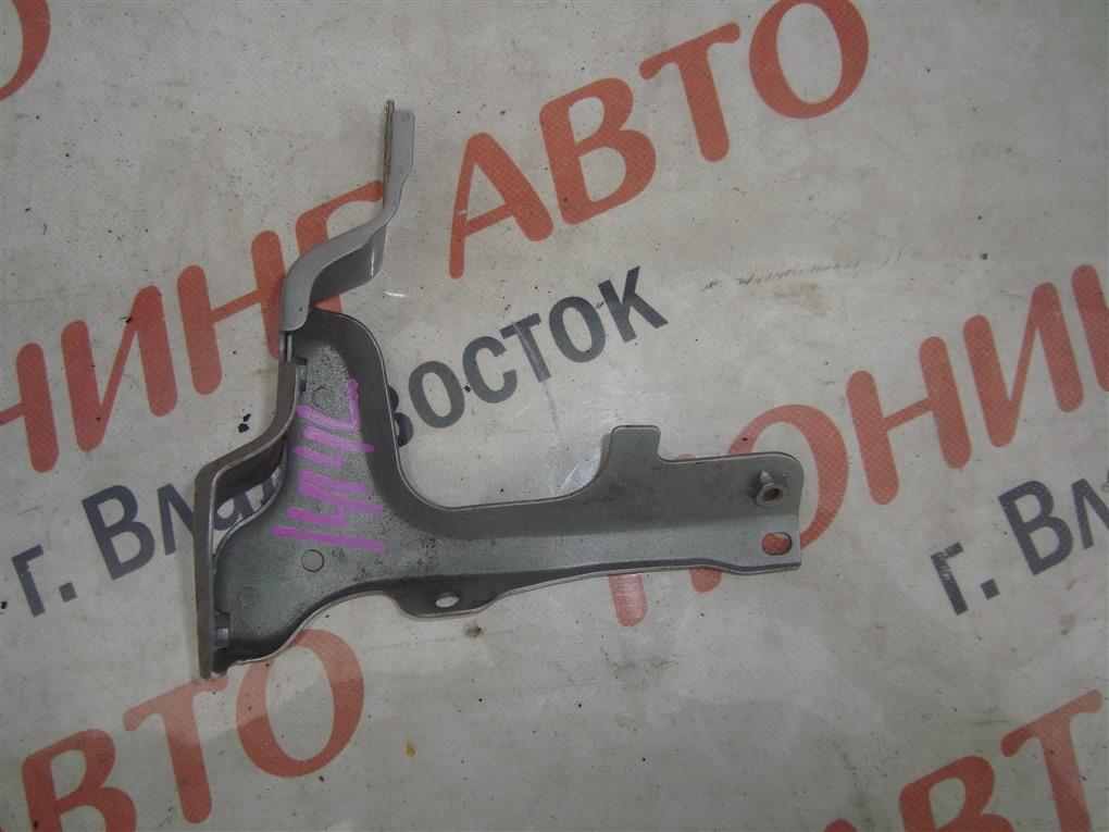 Крепление крыла Mazda Demio DE5FS ZY-VE 2007 переднее левое серебристый 22v 1414